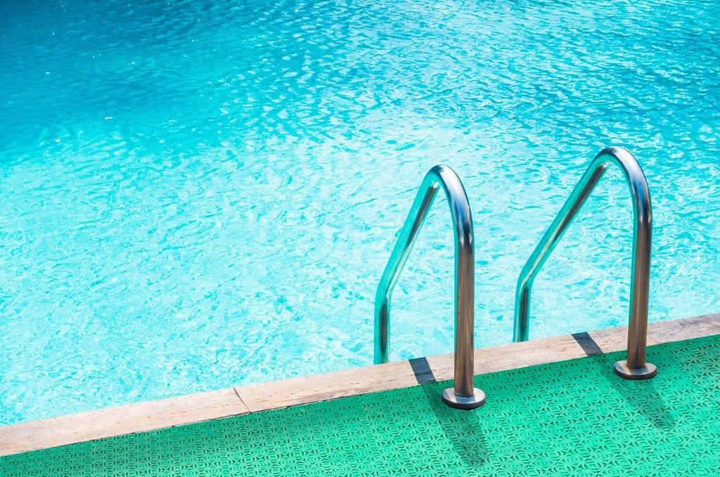 Plastic tiles for swimming pool