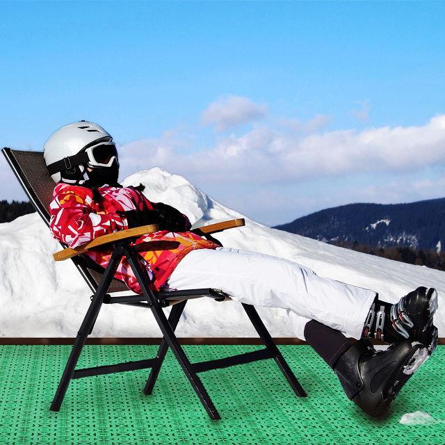 Les tuiles en plastique peuvent être utilisées pour créer des lieux de séchage dans les sites de haute montagne où les sports d'hiver sont pratiqués